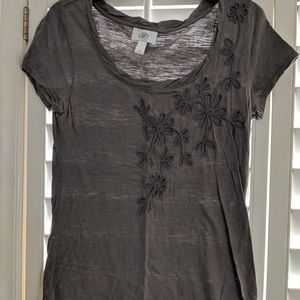 LOFT Gray tee with floral embellishment